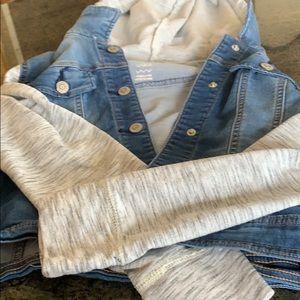 Jeans jacket w/ kitty hood